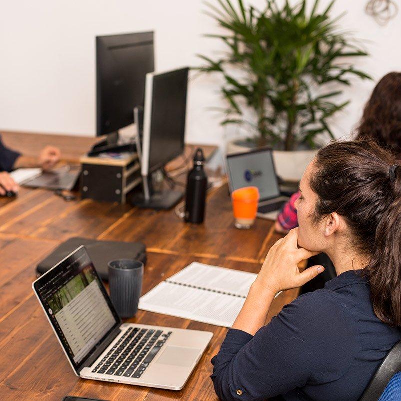 castlemaine-coworking-hot-desks-8-square-800px